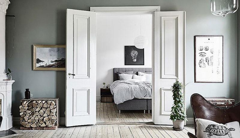 білі двері